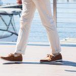 Cómo llevar zapatos náuticos con estilo