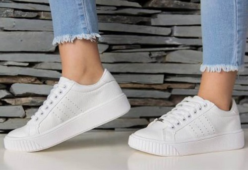 Zapatillas deportivas una forma de estar cómodo y a la moda