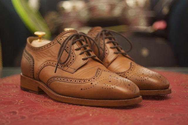 horma de zapatos de cuero