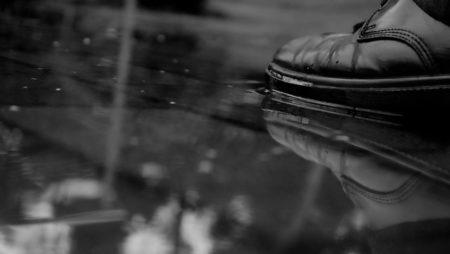 Consejos para cuidar tus zapatos en la temporada de lluvia